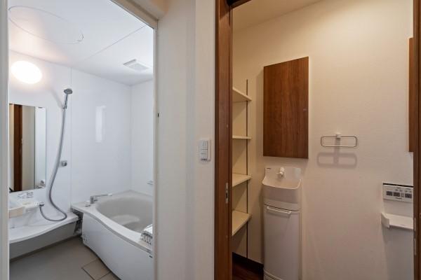 019_浴室トイレ